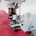 Лапка для шв. маш. F017N с направляющей для потайного шва